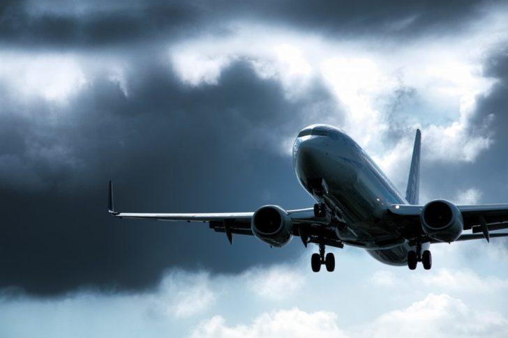台風10号2019飛行機北海道の各航空会社欠航状況は?進路最新情報をお届け!